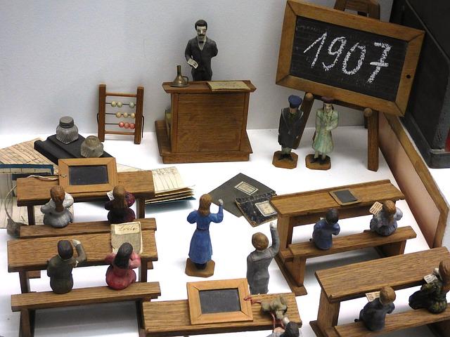 školní figurky