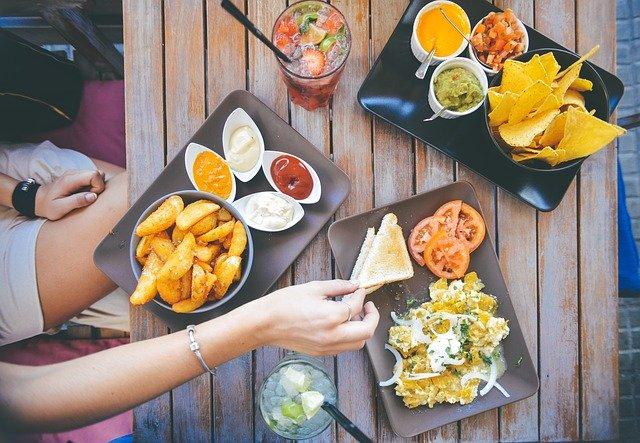 stravování v restauraci